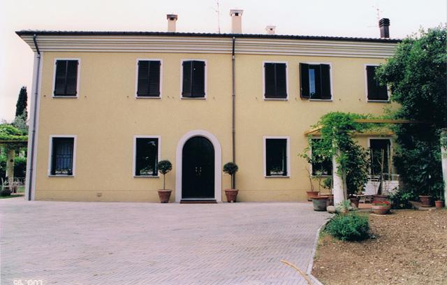 Agenzia immobiliare ala case e ville for Piani casa padronale