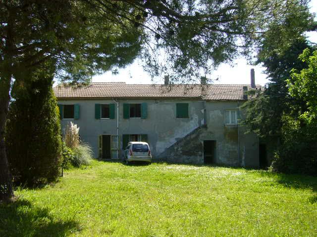 Agenzia immobiliare ala case e ville for Piani casa colonica